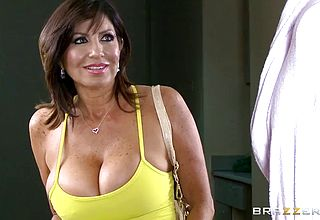 Mature Big Fun bags Milf Has Some mean Penis Blowing Abilities