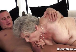 Superb kinky Grannie Lizbeth Lincoln