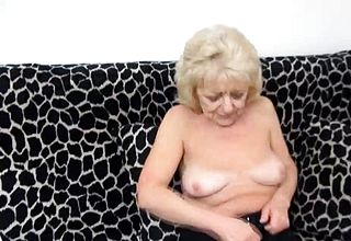 Granny Massages Her Clittie With a Fuckfest Toy