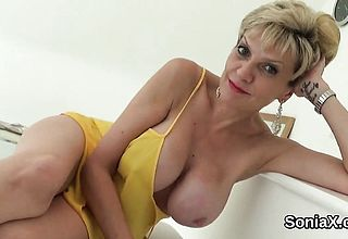 Unfaithful english mature female sonia Shows her thick Tits